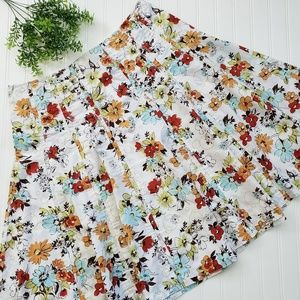 Cabi White Floral Palapa Full A Line Skirt size 14